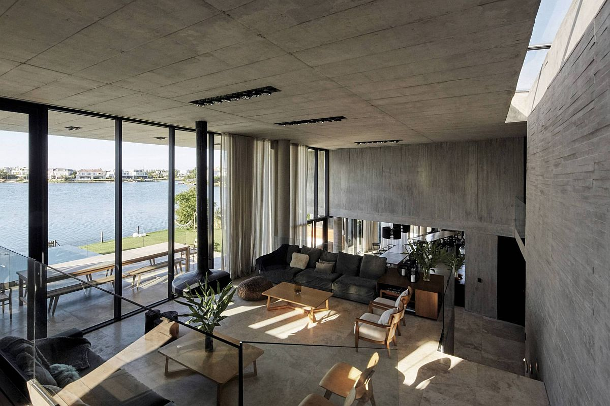 Study-and-sitting-area-of-the-house-with-lake-views-54756