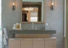 Style-and-size-of-the-sconce-lights-depends-as-much-on-the-style-of-the-bathroom-as-on-dimensions-78283-217x155