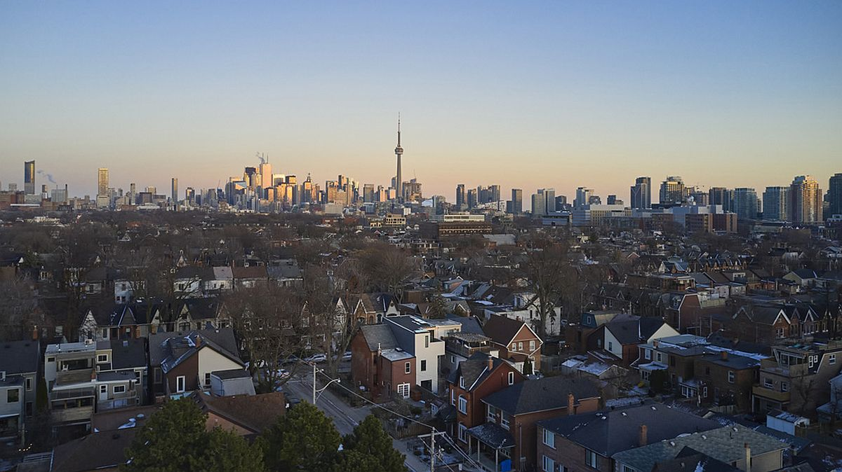 View-of-the-Beaconsfield-Renovation-in-Toronto-from-above-30012