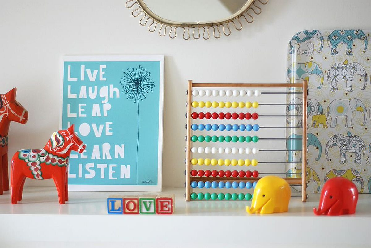 Arrangement of toys coupled with storage cabinets with colorful zest in the kids' room