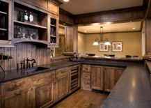 Cabinet in Full Wood Kitchen