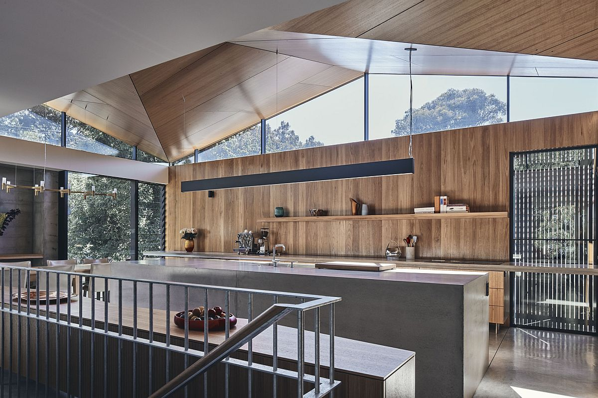 Captivating upper level of the house opens up to the world outside in a restrained manner