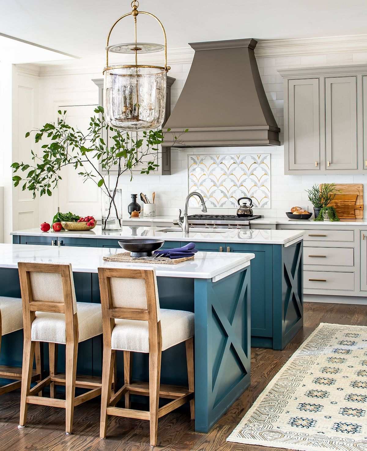 Find a shade of teal wth bluish dominance that you love for the kitchen island