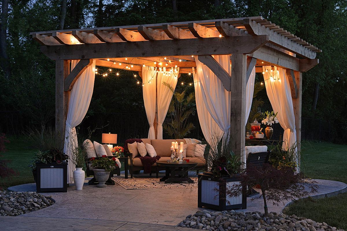 Finding the right lighting and decor for the large modern standalone pergola