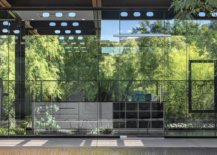 Glazed-glass-walls-connect-the-interior-with-the-world-outside-75038-217x155