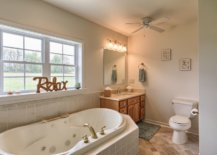 Gorgeous-Relax-style-on-the-window-next-to-the-bathtub-moves-away-from-the-mundane-79050-217x155