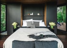 Gorgeous-bedroom-of-the-small-cabin-escape-with-contemporary-style-and-gray-wall-backdrop-30884-217x155