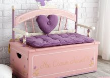 Luxurious-and-exquisite-bench-with-storage-underneath-is-perfect-for-the-modern-girls-room-53967-217x155