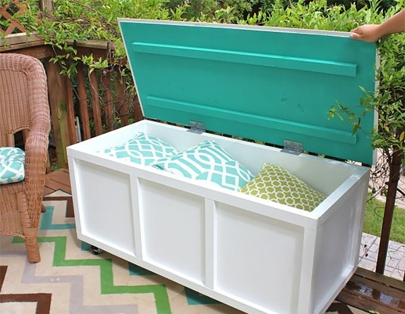 storage bench with cushions inside