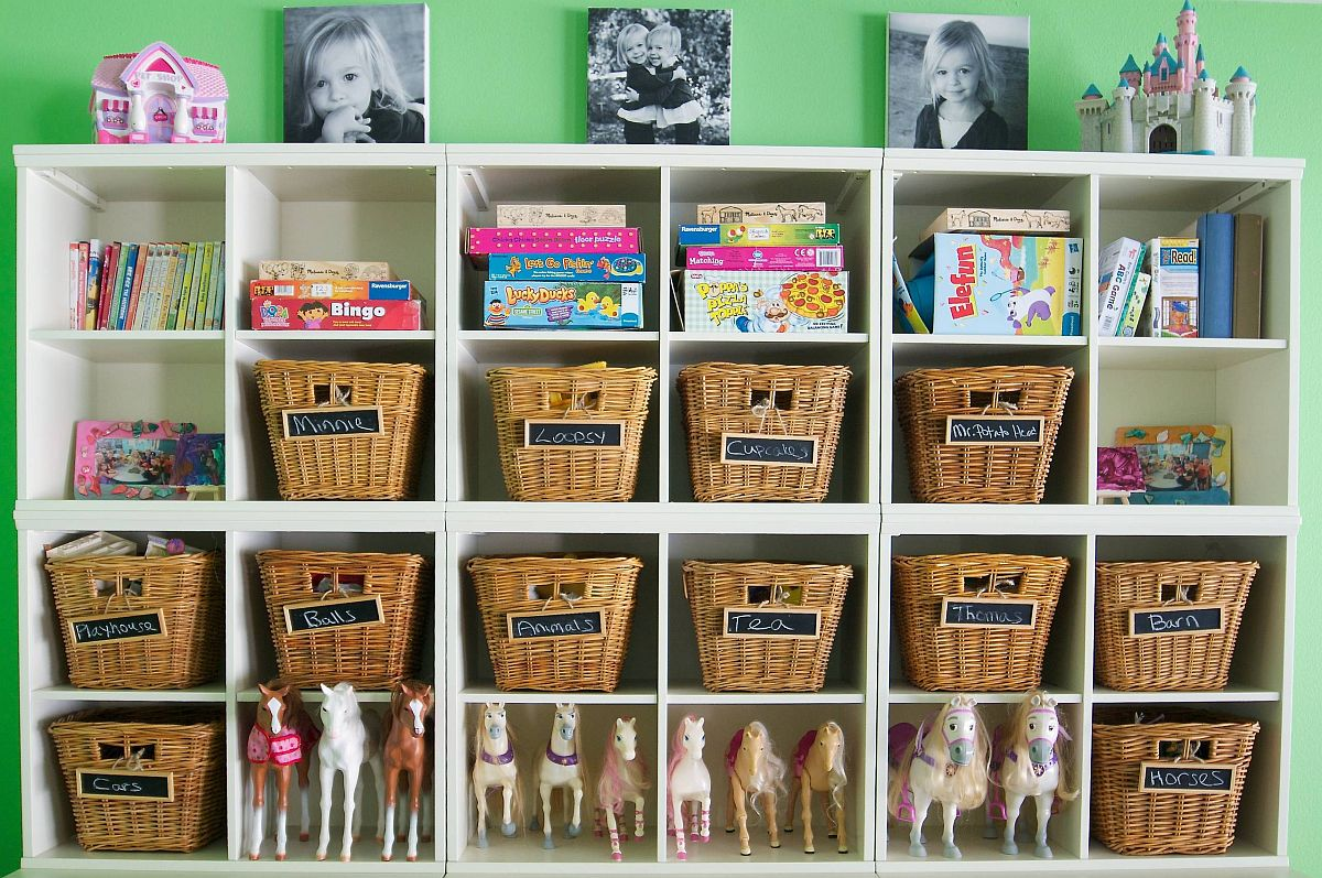 Using name tags for the baskets makes things much easier in the kids' room