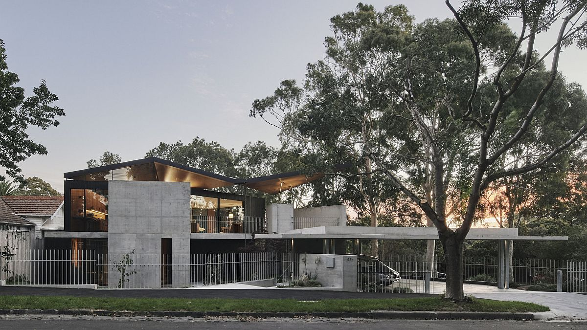 Wonderful street view of the Aussie home offers a window into the way the homeowners live