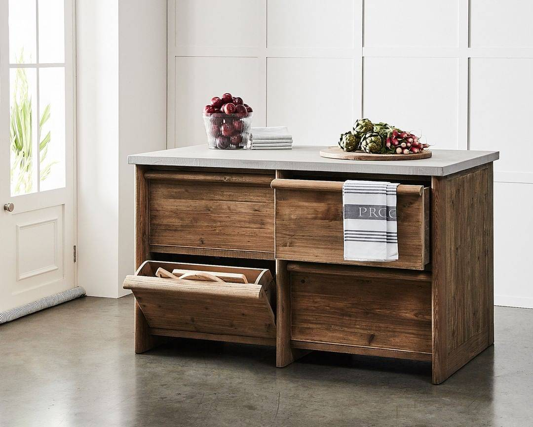 Wooden counter with handles and sliding drawers
