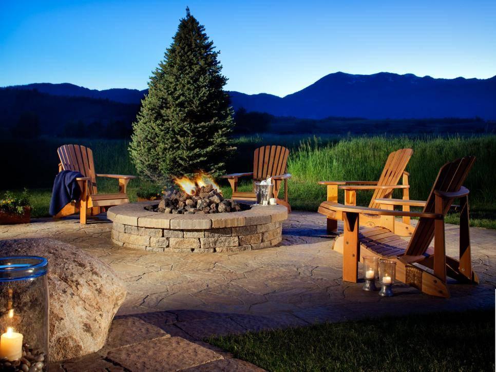Beautiful Traditional Stone Backyard Fire Pit