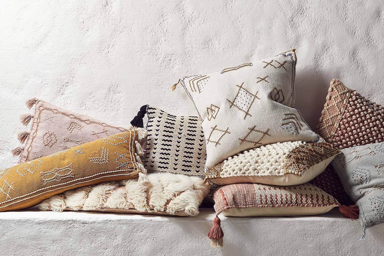 Throw Pillows Anthropologie Decorative Throws