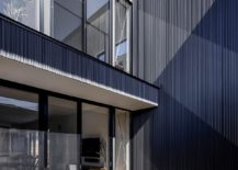 Central-courtyard-of-the-japanese-home-promises-complete-privacy-47165-217x155