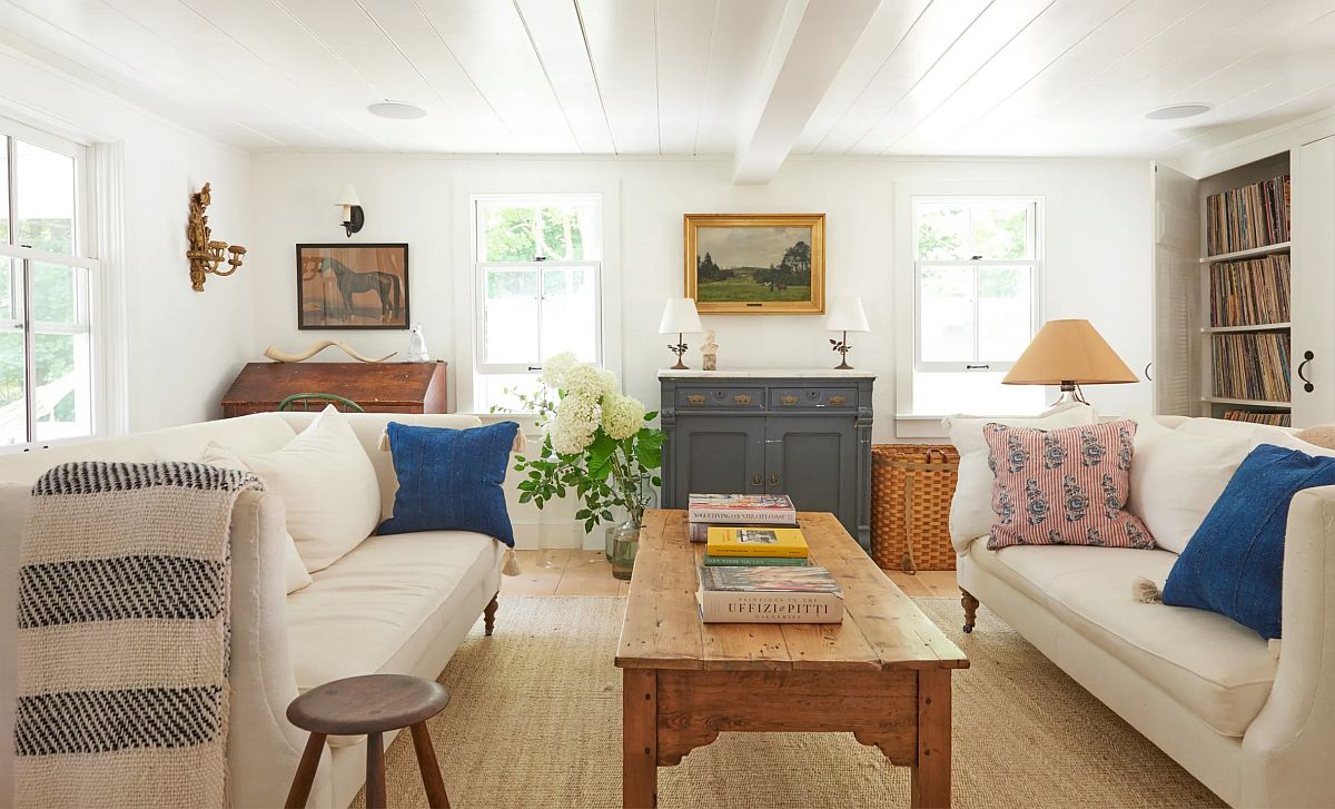Finding the right art and decorative pieces for the relaxing farmhouse style living room