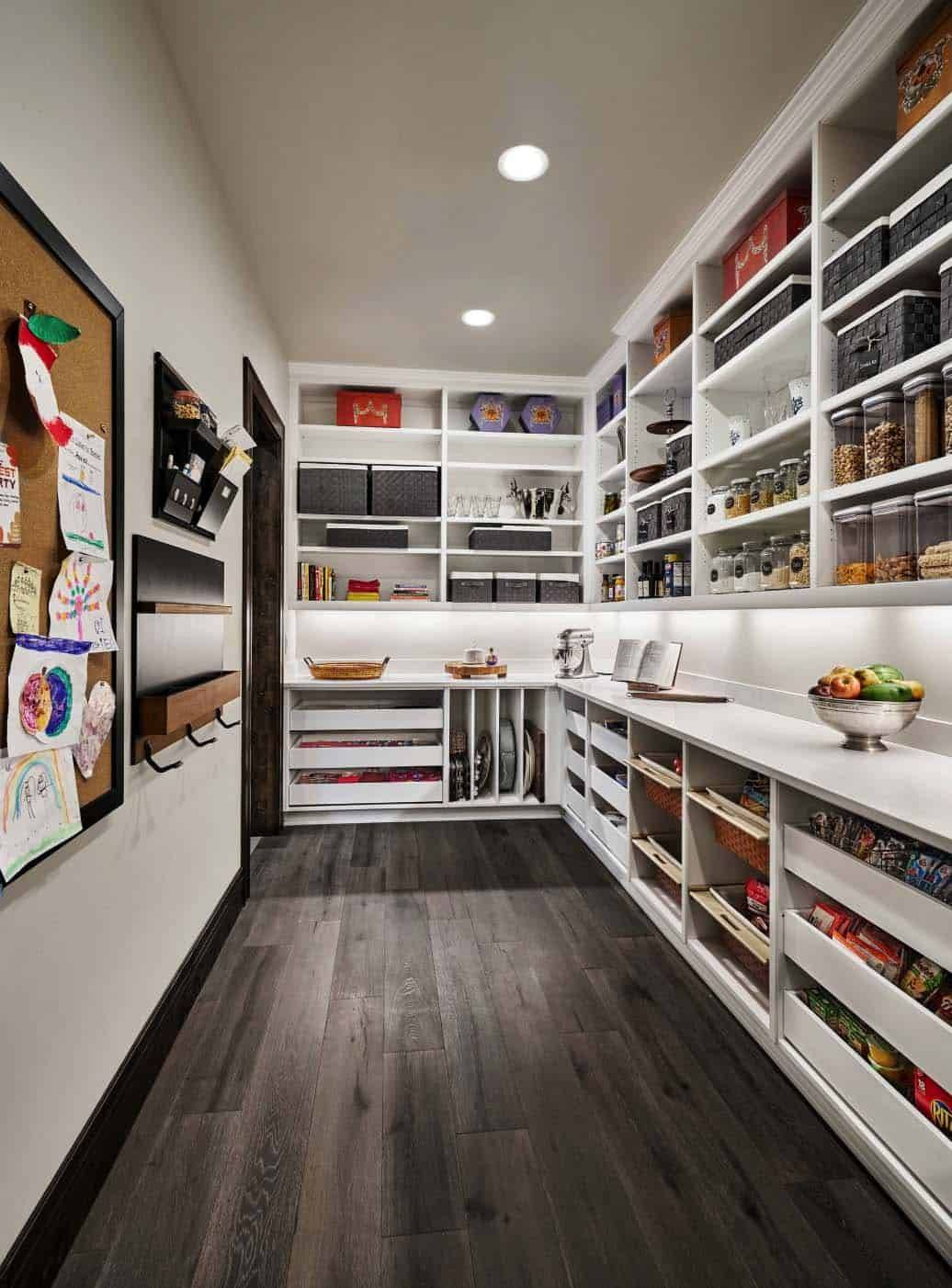 Kitchen storage with mail assortment section