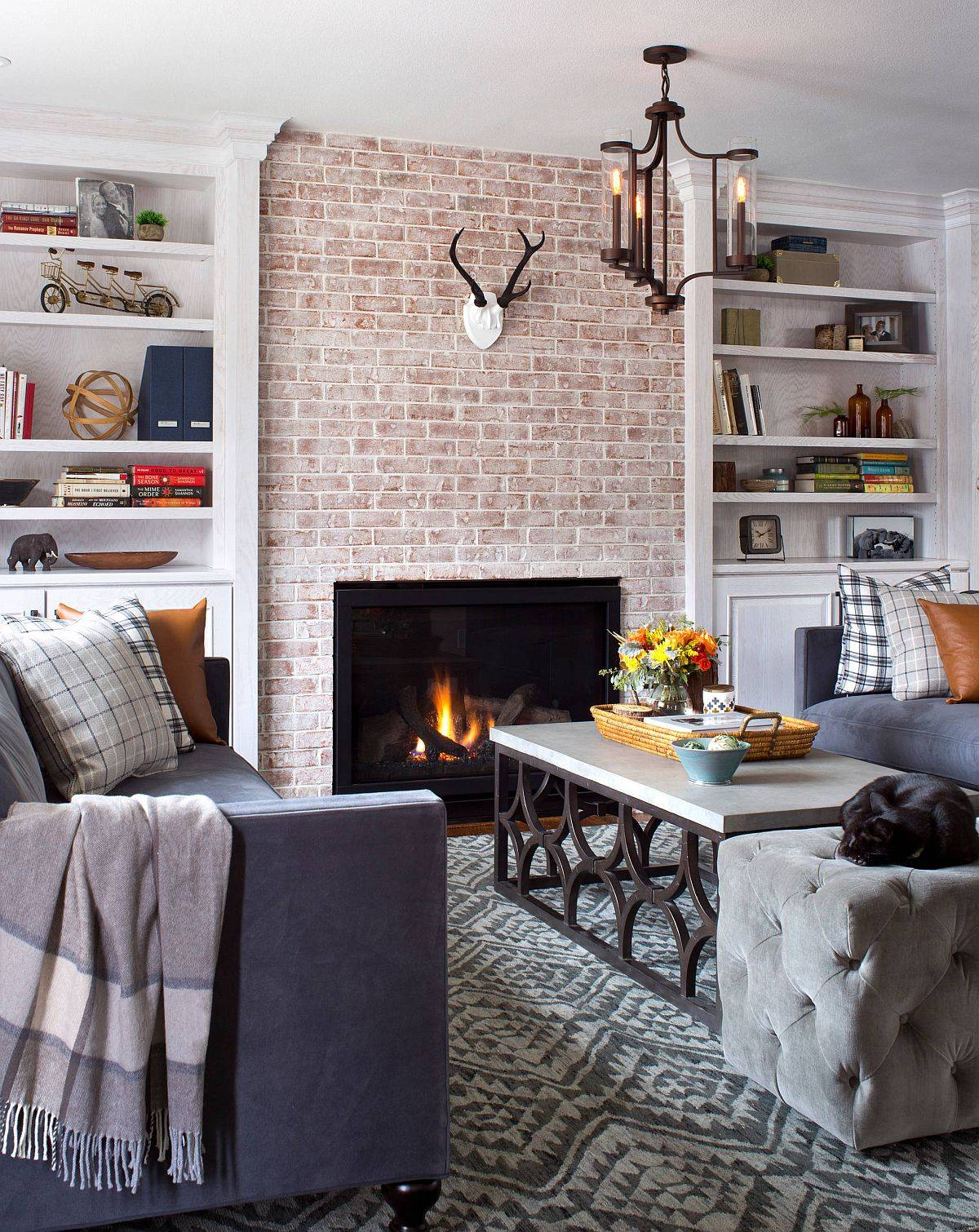 Modern-farmhouse-style-living-room-with-an-elegant-brick-section-and-fireplace-21723