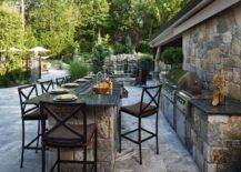Outdoor Kitchen Ideas for an Immersive Backyard Experience