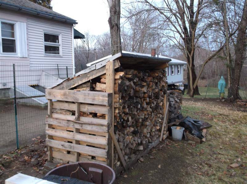 Pallet Rack for Firewood