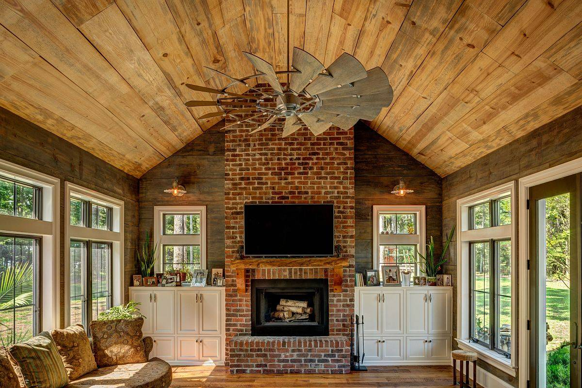 Reinvent-the-look-of-the-classic-farmhouse-living-room-with-tropical-touches-84190