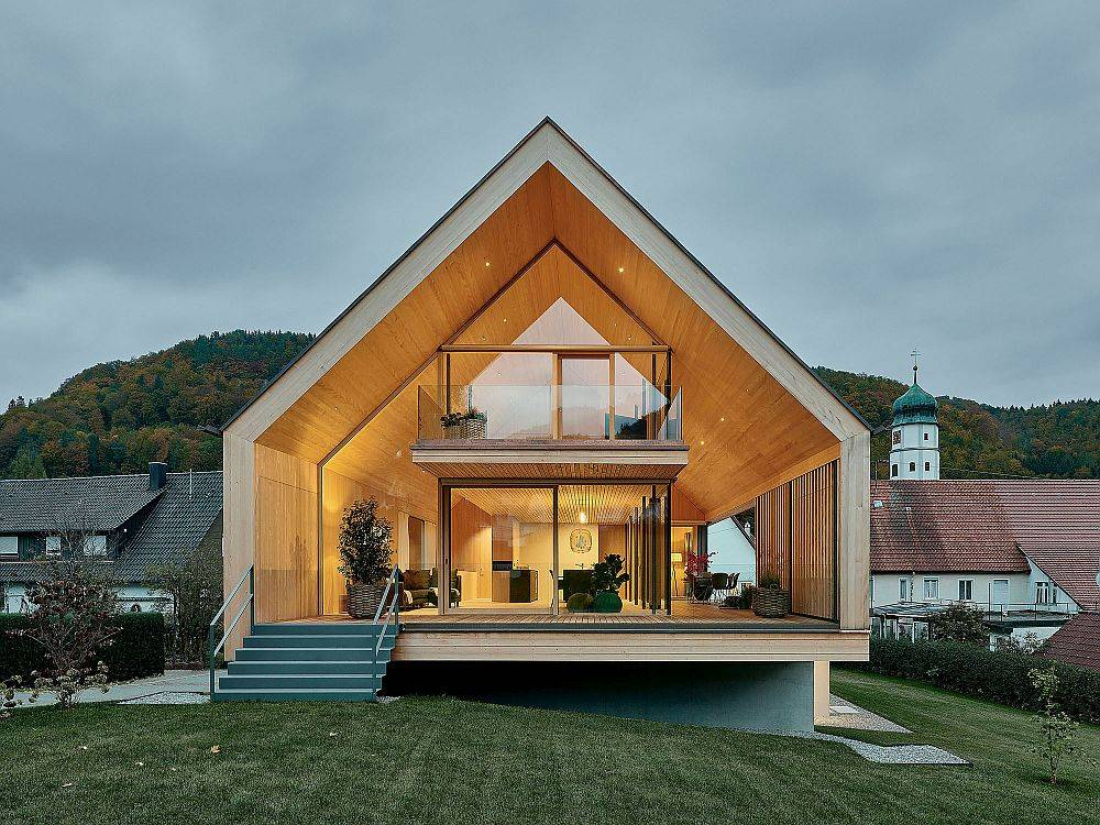 Southern facade of the home is clad in glass to offer unabated views of the landscape outside