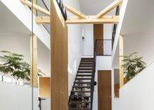 Spacious-double-height-entrance-and-interior-of-the-modern-Japanese-home-43089-217x155
