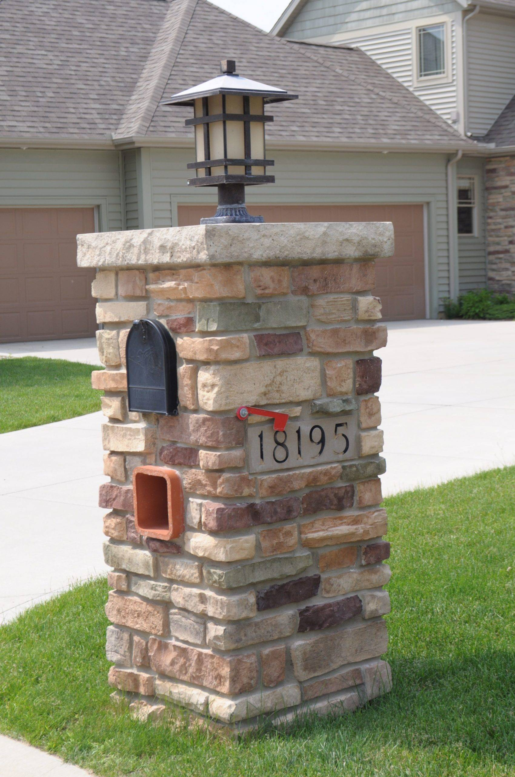 Stone Covered Mailbox with Lamp