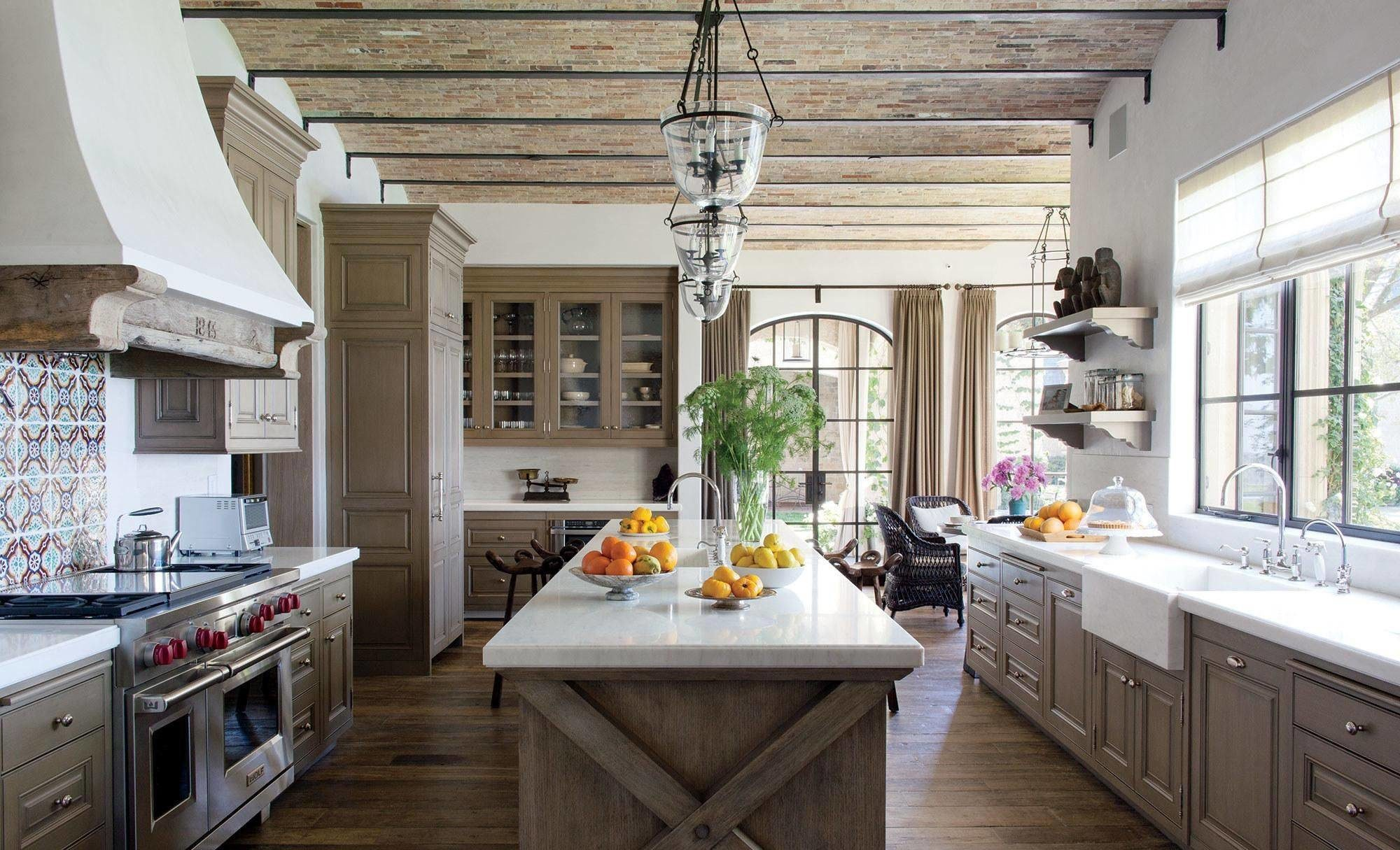 Traditional Rustic Country Kitchen