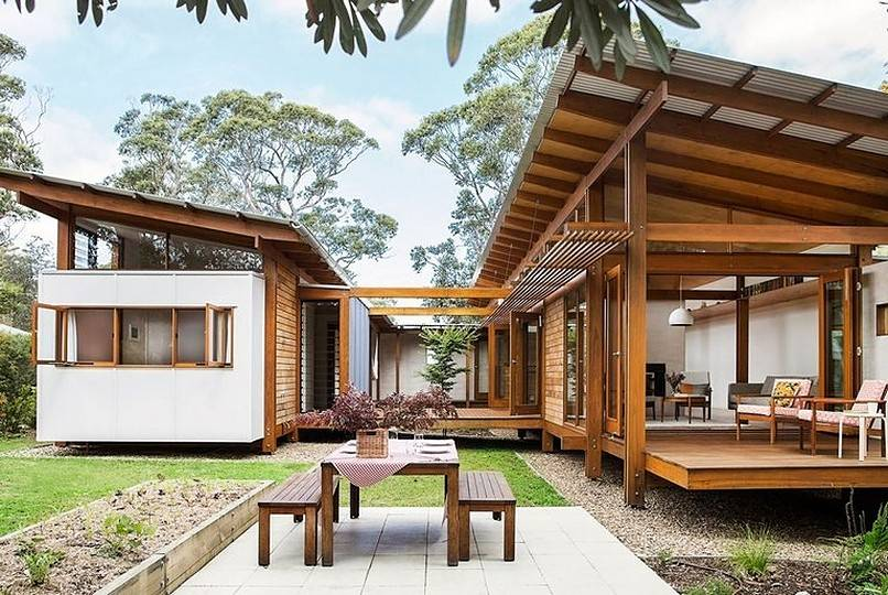 Container cottage in natural color