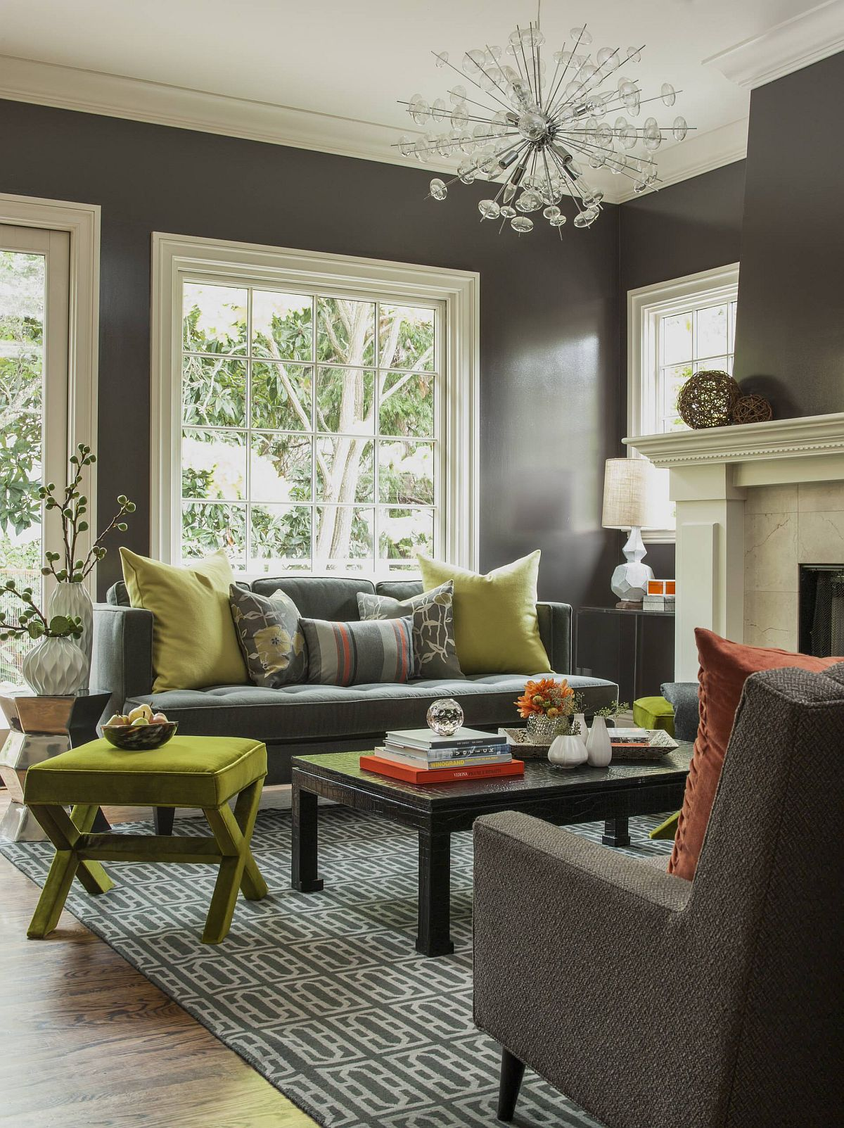 DIscover-the-right-colors-for-your-living-room-backdrop-and-accents-21776