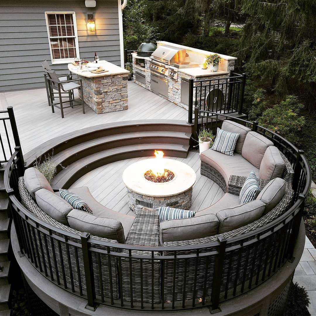 Deck with fire pit, grill and table