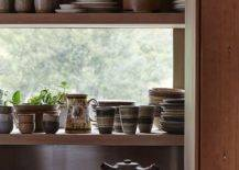 Decorating-the-kitchen-shelf-with-lovely-chinaware-43319-217x155
