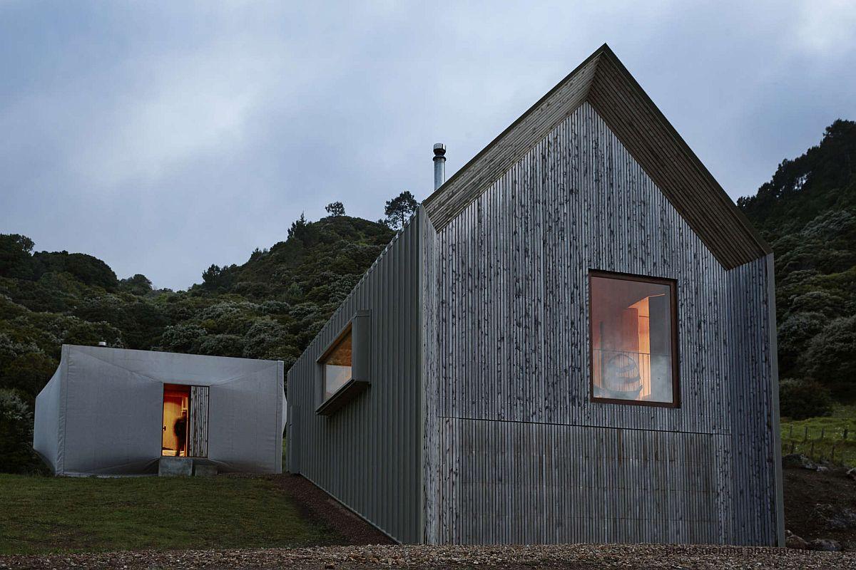 Gorgeous and inventive modern home in Awaarwaroa Bay, New Zealand