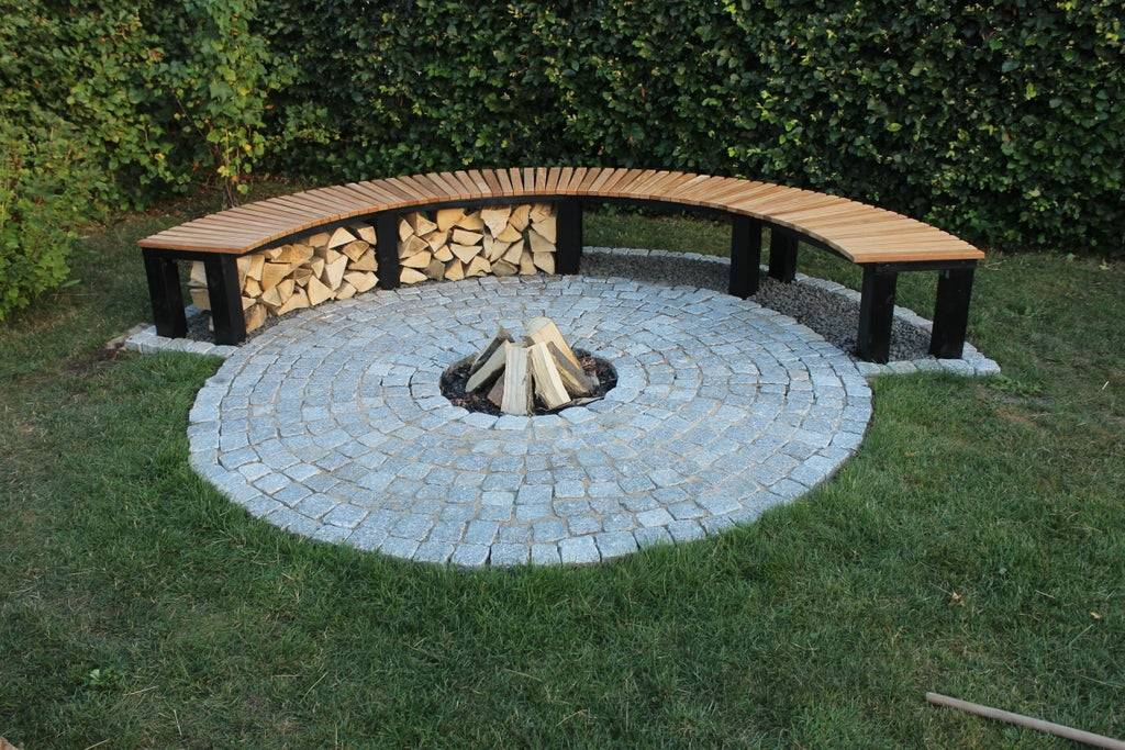 Ground fire pit with wood