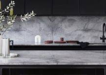 Marble-adds-class-and-elegance-to-the-contemporary-kitchen-in-black-and-white-76842-217x155