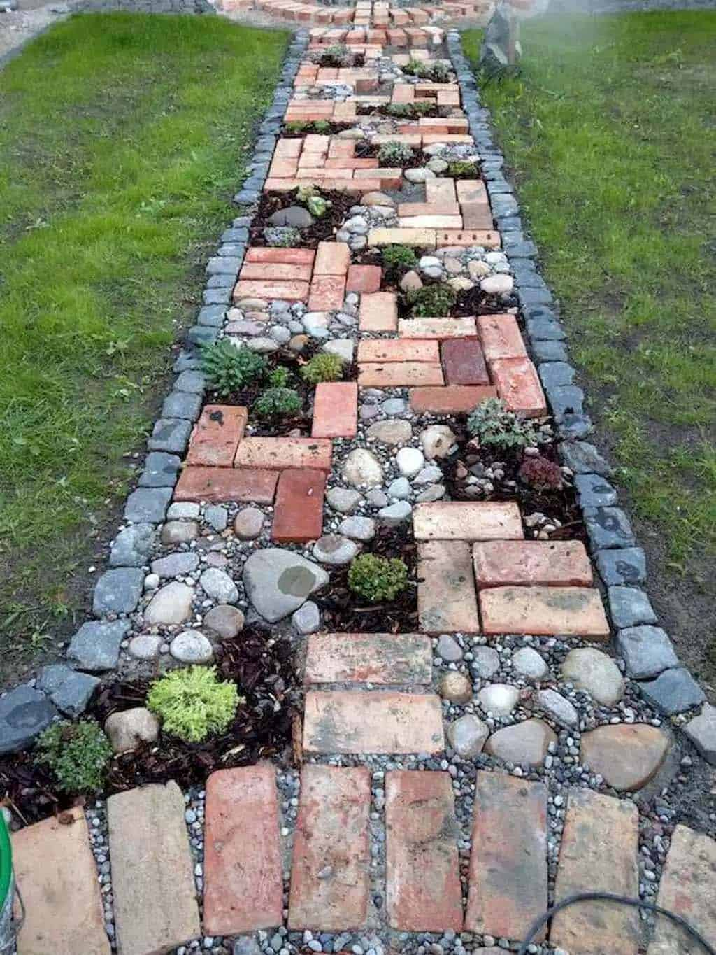 Mixed Pebbles and Concrete Stepping Stone Pattern