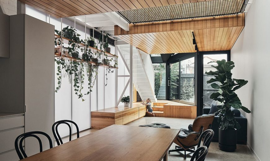 Innovative Melbourne Home with Polycarbonate Panels Relies on Versatile Design