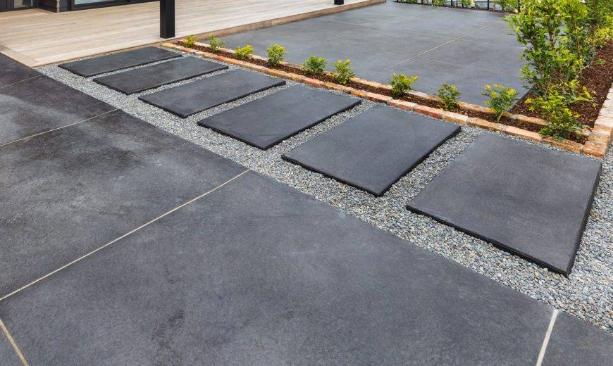 Decorative Stepping Stone Designs for Gardens, Backyards, and Patios!