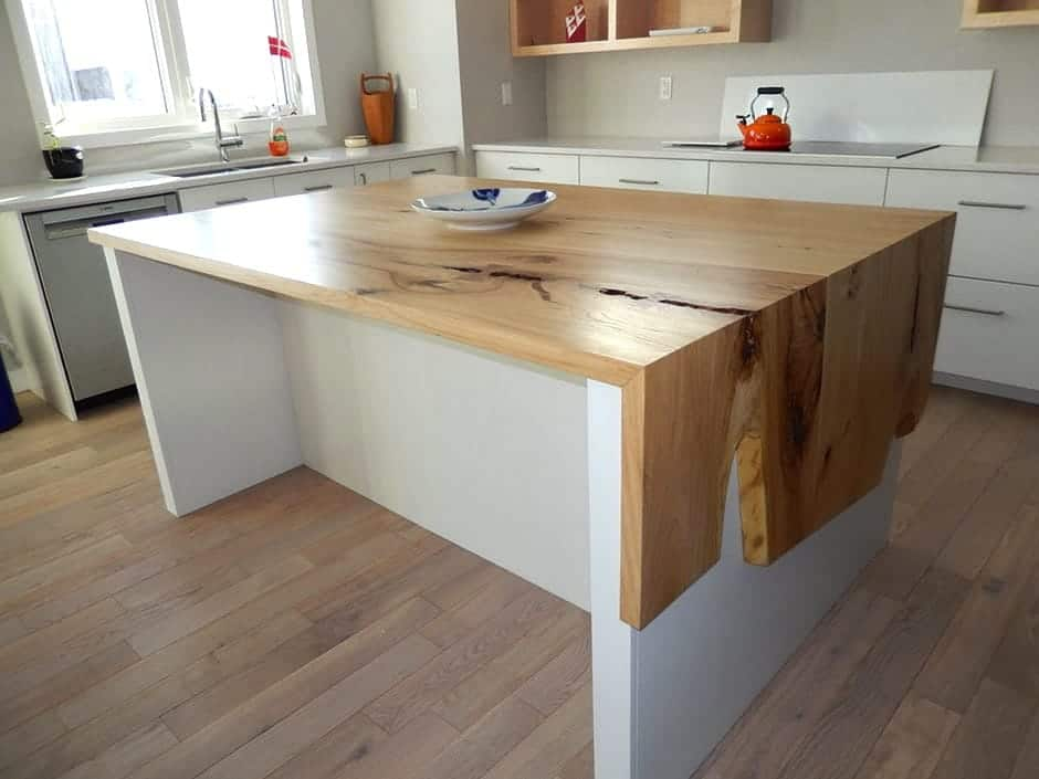 Single plate on top of wood kitchen counter
