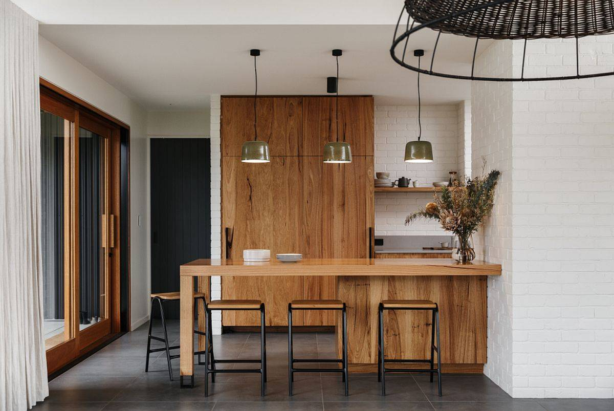 Small wooden island and shelves for the kitchen in white