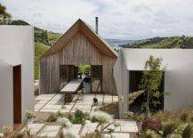 Three-small-buildings-make-up-this-modern-home-in-New-Zealand-48047-217x155