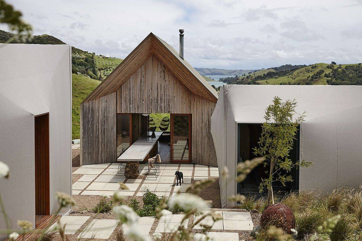 Three-small-buildings-make-up-this-modern-home-in-New-Zealand-48047