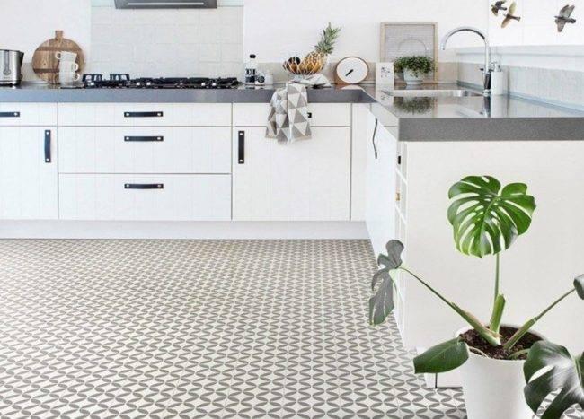 Traditional Vintage floor