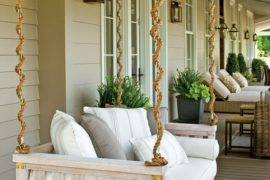 Rustic Farmhouse Porch Decor for an Inviting Entrance