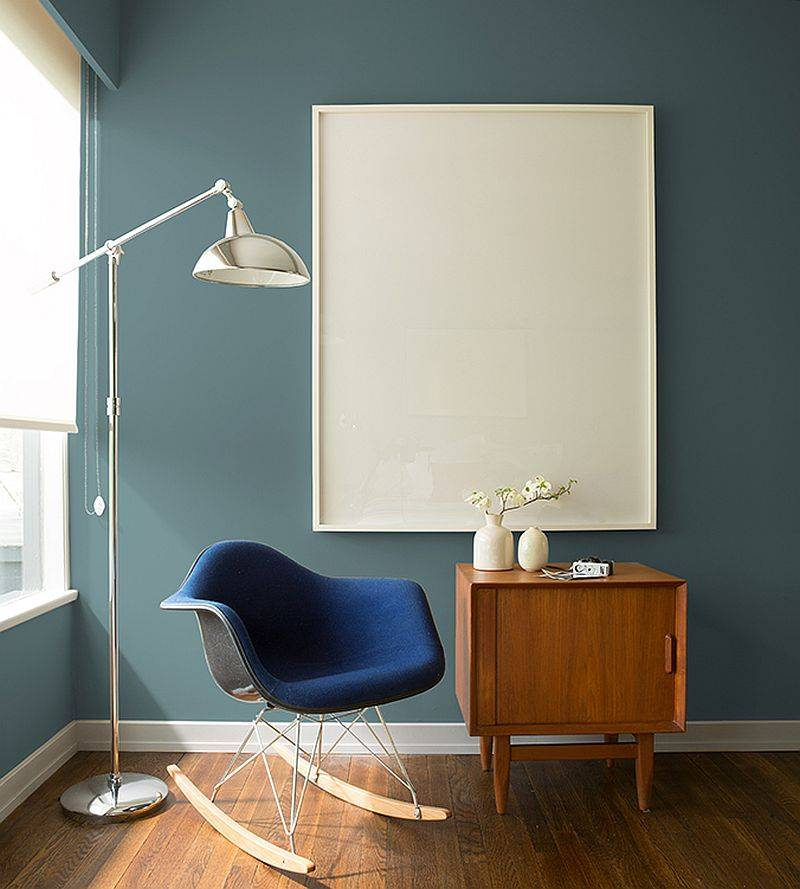 Accent-wall-in-Aegean-Teal-for-the-modern-home-office-with-contemporary-decor-51501