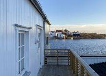 Amazing-views-of-the-habour-and-the-ebautiful-village-of-henningsvaer-steal-the-spotlight-at-this-home-95099-217x155