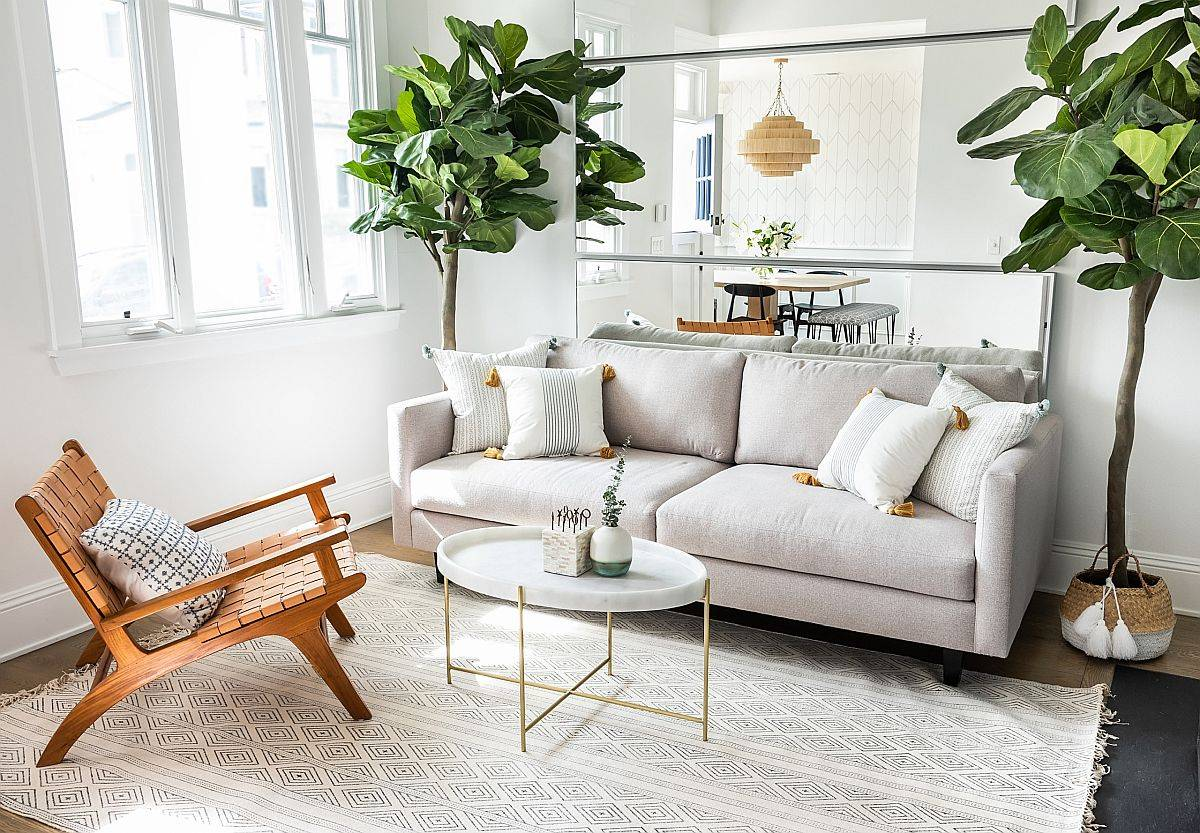 Bring-a-bit-of-urbane-panache-to-th-small-beach-style-living-space-73338