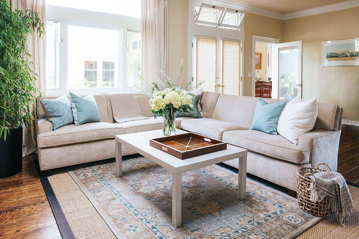 Comfortable-sectional-in-light-brown-for-the-small-modern-becah-style-living-room-80233