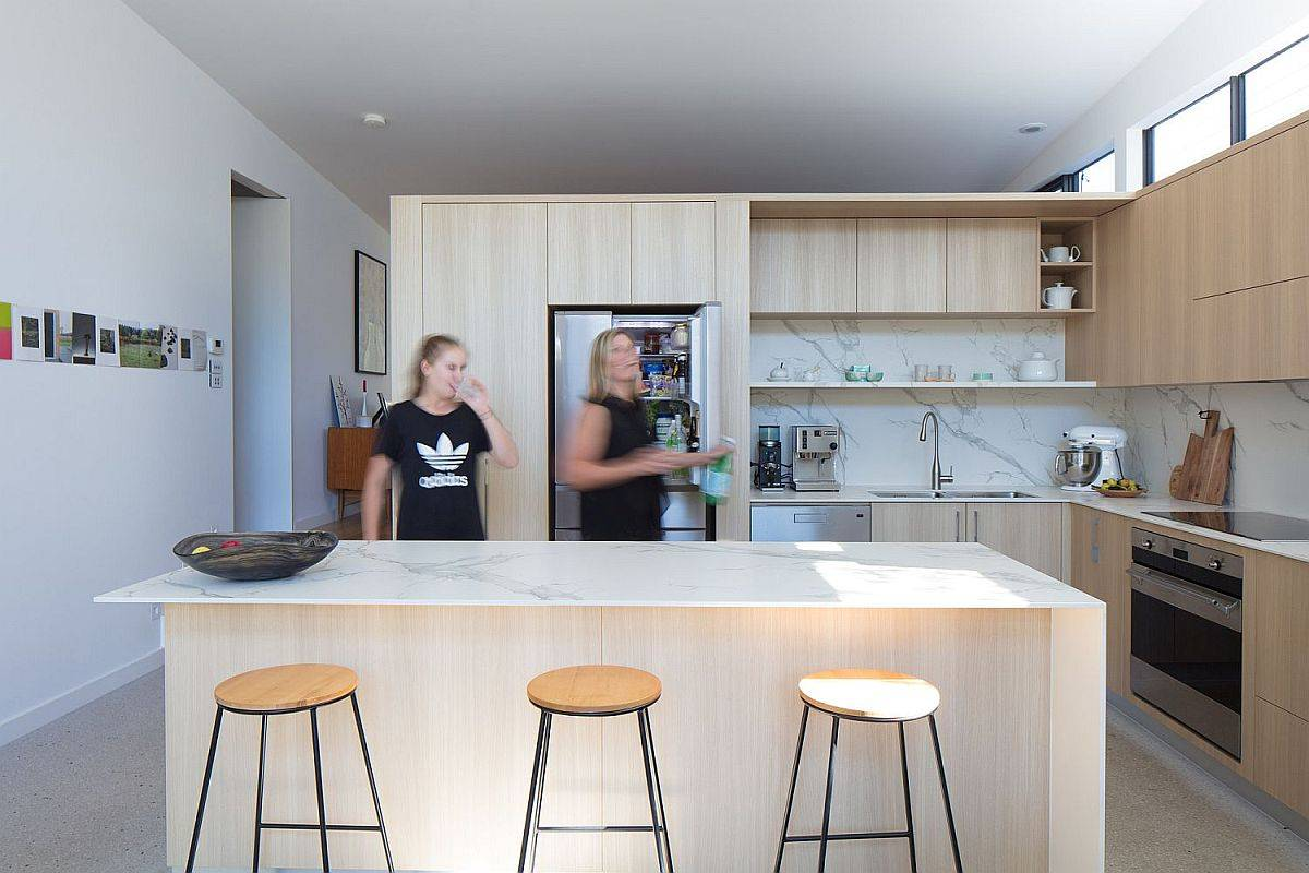 Contemporary-kitchen-in-white-and-wood-with-marble-countertops-and-backsplashes-99925